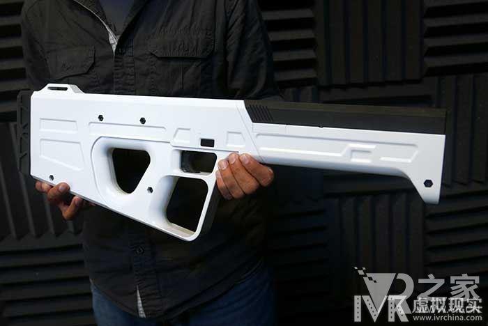 手持触感VR机枪,变身超级射击达人