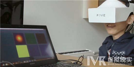 Fove 的眼部追踪 VR 头显将出货 挑战巨头地位